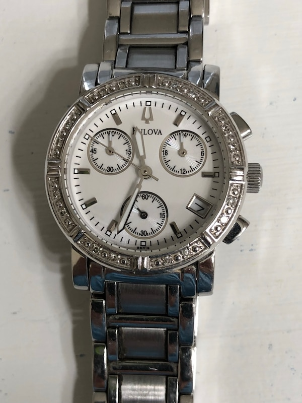 Bulova ladies watch with diamonds - Used