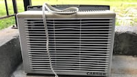 white Carrier window type airconditioner Laval, H7L 0B6