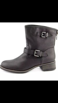 Black leather boot new in the box 2 for $25 Los Angeles, 91606