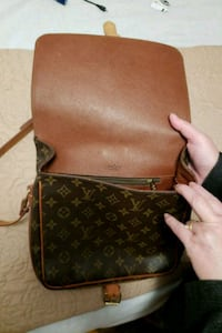 Louis Vuitton Handbag Purse Toronto, M3K 1S9