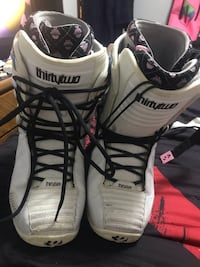 32 Snowboarding Boots size 12 Dillon, 80435