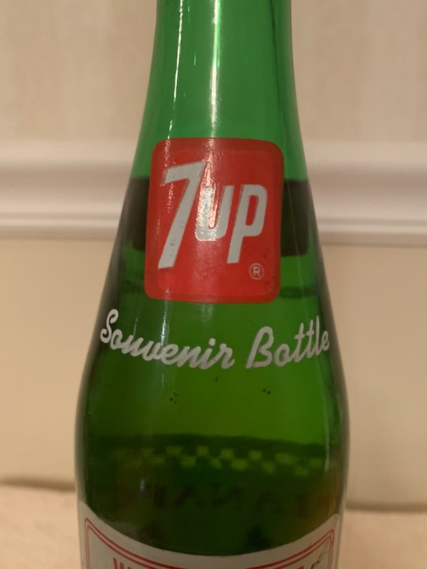 Collectible NASCAR 7up Indianapolis 500 Un-opened Bottle 11227cde-ca29-4737-8a54-921f28b4bf0d
