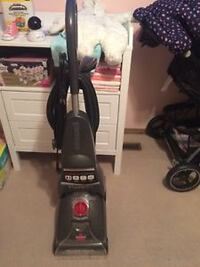 Pro heat carpet cleaner  like new still  3154 km