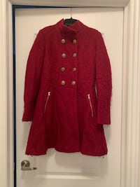 Red Guess winter coat size small Toronto, M2M 0B4