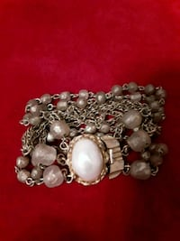Imitation Pearl and gold Bracelet