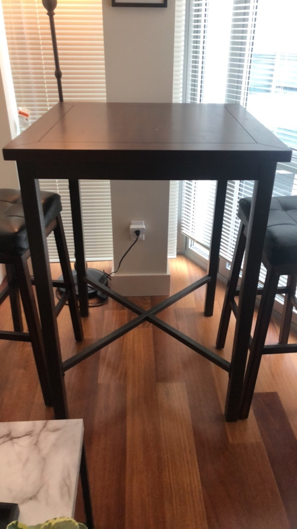 High Top Dining Table W Two Bar Stools