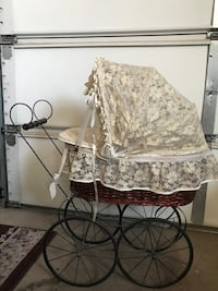 Lacy Vintage Doll Buggy North Las Vegas, 89081