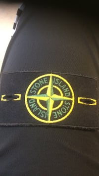 Äkta stone island patch Angered