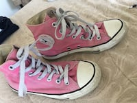 Pink and white converse all star , size 6w Markham, L6B 0T4