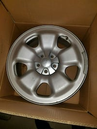 4 x 17 inch jeep Cherokee rims for sale