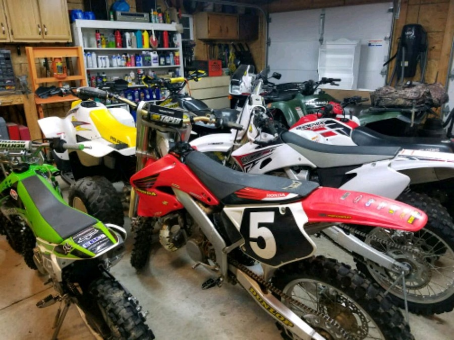 Photo Looking for dirtbike and atv's