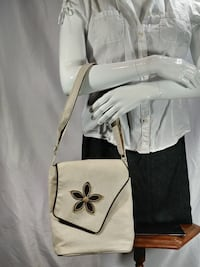 women's white and black flower print leather sling bag Saint-Philippe, J0L