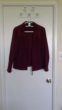 Ladies Red Fleece Jacket in Excellent Condition 548 km