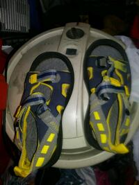 pair of gray-and-yellow Nike sneakers Albuquerque, 87106