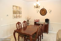 """Real solid wood dining set 7' with 18"""" removable leaf $100 CHANTILLY"""