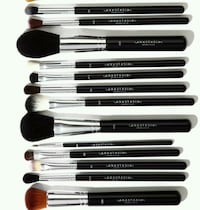 Different sets and types of  brushes  Buena Park