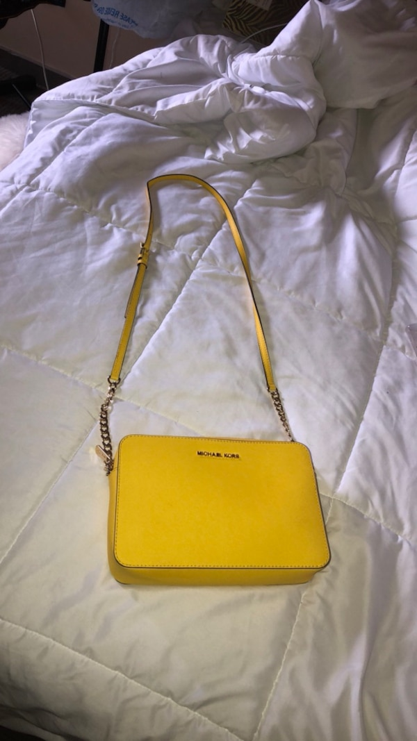 Yellow leather michael kors crossbody bag