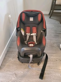 Peg Perego Car Seat and Base Langley City, V2Y 3A8