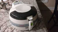 white and black Tefal air fryer Mississauga, L5M