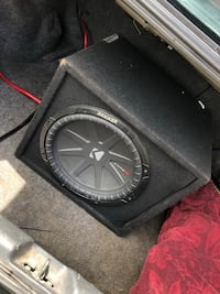 Kicker comp R Subwoofer and amp combo  Lancaster, 17603