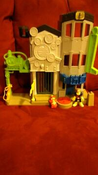 Imaginext house  Baltimore, 21228