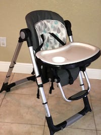 Baby Trend high chair for baby in very good condition Plantation, 33324