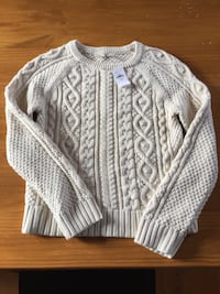 Girls Gap size 12 cotton cable knit sweater Whitby, L1P 1C9