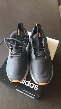 Adidas men brand new size 101/2
