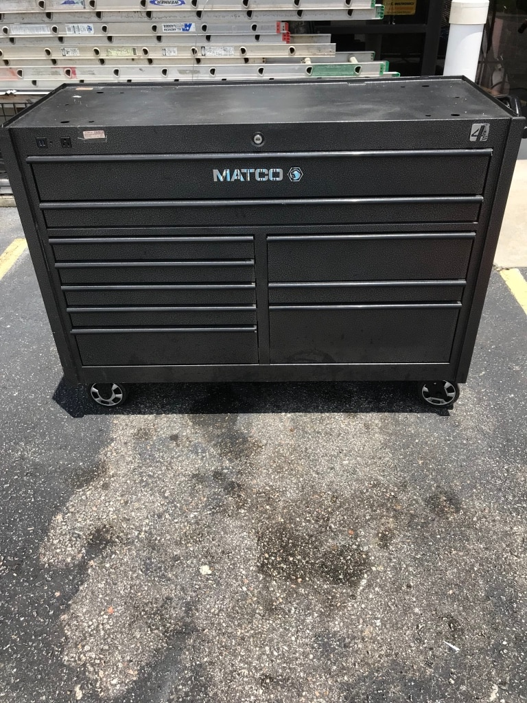 How to paint a chrome tool box black
