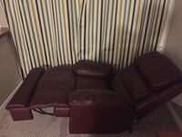 leather recliner sofa chair Richmond Hill, L4C 2B8