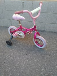 "$30 for 12"" girl's pink trike with training wheels Toronto"