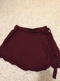 Wrap around skirt size small Ajax, L1T 3X5