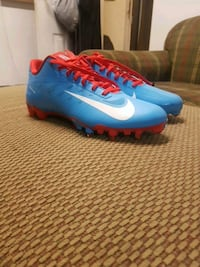 Nike vapor elite cleats  Port Coquitlam, V3C 1M1
