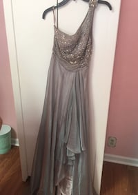 Prom dress size 2 paid $250 Concord, 94519