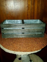 Wooden garden box, double sided, 2 metal inserts.