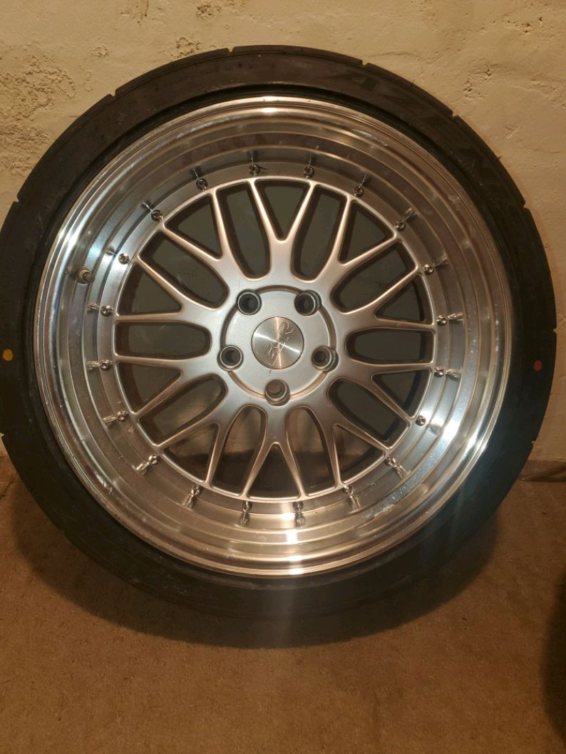 Photo WHEELS AND TIRES FOR SALE 18x9.5 offset +22 5x114.3 bolt pattern