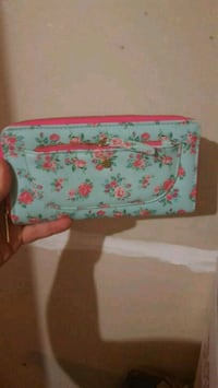 white and pink floral wallet Walker, 70785