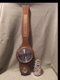 round silver analog watch with brown leather strap Montréal, H4L 3C2