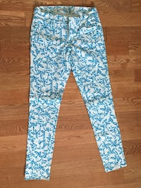Size 6 Old Navy Blue on White RockStar Printed Jeans Rockville, 20850