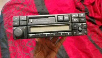 Mercedes Car stereo/Radio factory oem for w [PHONE NUMBER HIDDEN]