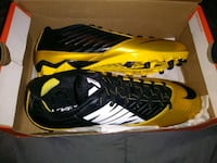 pair of yellow-and-black Nike cleats Atlanta, 30344