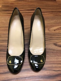 pair of black leather flats Menlo Park, 94025