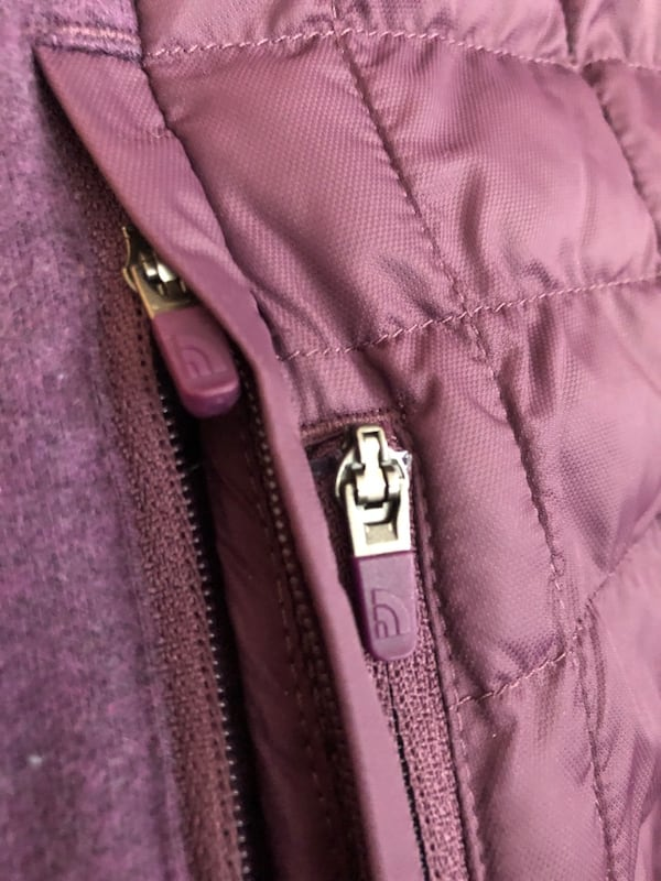 Purple north face jacket  fff3d9ee-1043-4253-894a-5263e69be198
