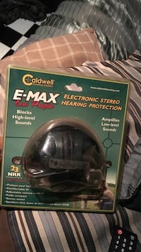 Caldwell E-Max Electronic Stereo Hearing Protection package Oxnard, 93033