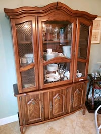 brown wooden framed glass display cabinet Placentia, 92870