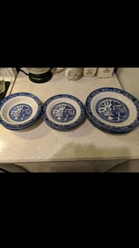 Blue Willow dishes Georgetown, L7G
