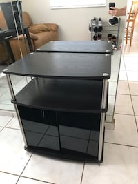 Tv stand  Sweetwater, 33174