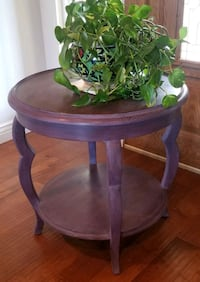 Refinished Entry/Accent Table Yukon, 73099