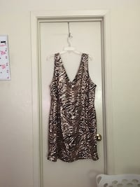 women's brown and silver tank top