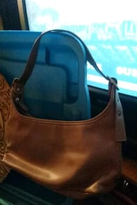 women's brown leather shoulder bag Tillsonburg, N4G 3L5